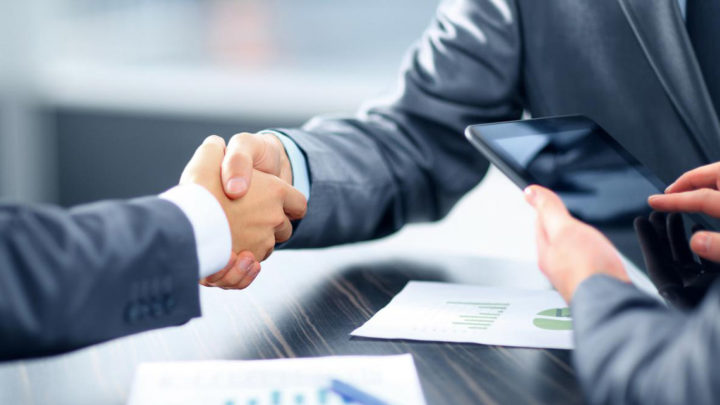 Define legal aspects of Contract Management